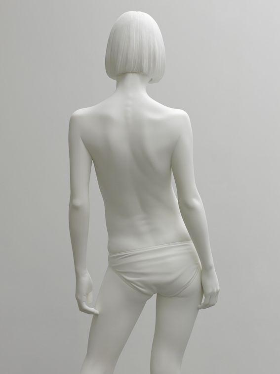 现代审美女性雕塑