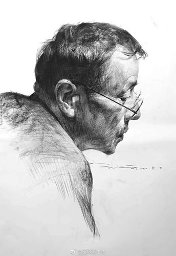 素描头像戴眼镜侧面中老年男子