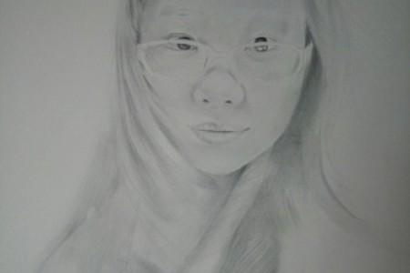 半开素描头像记录过程:戴眼镜的女孩