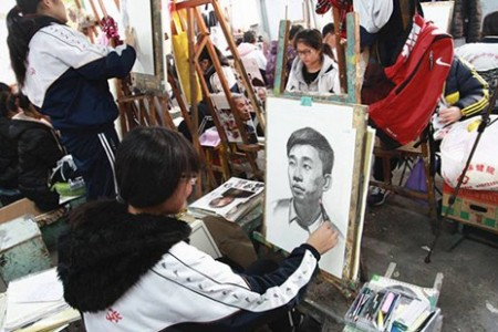 美术高考生去外地集训需要注意什么