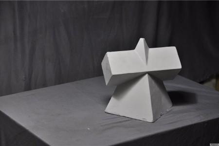 四棱锥棱柱组合体 超高清照片 素描写生道具