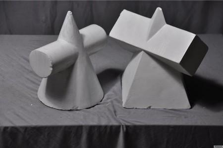 圆锥贯穿体与四菱锥贯穿体组合 石膏几何体高清照片