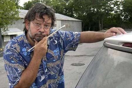 你见过用车窗灰尘画的草图吗?
