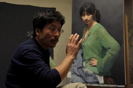 """冷峻和模特""""小江""""超写实油画离不开扎实的素描技巧"""