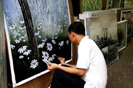 大芬油画村画家的生活状况