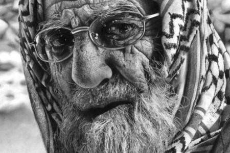 任性的超现实主义素描肖像奥尔加·梅拉莫里·拉里奥诺娃
