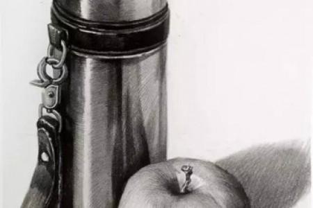 不锈钢保温杯和苹果草图