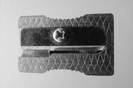 卷笔刀素描是一种质地超强的金属素描。