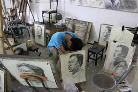 艺术生的生活