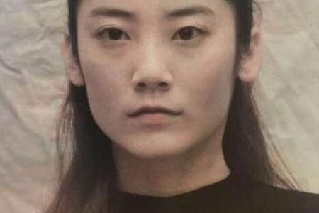 素描头像画——杨石梅·冯《年轻女性素描步骤详解》